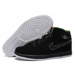 Air Jordan Retro 1 High Black Green 136065-014